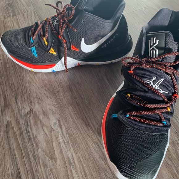 Nike Kyrie F.R.I.E.N.D.S men's size 9.5